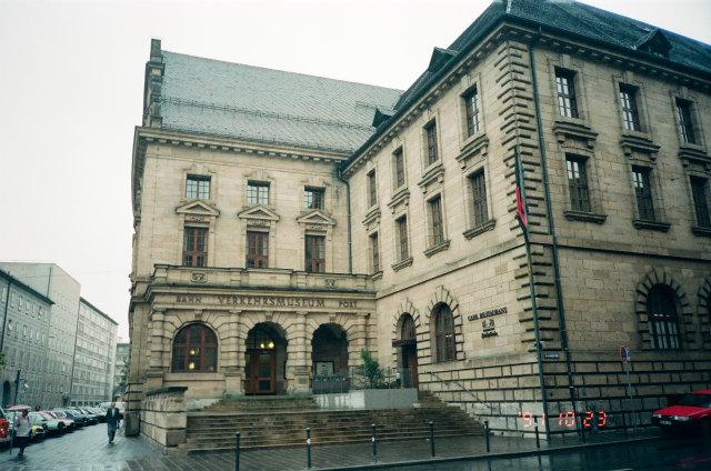 さて1991年のドイツです。シュツットガルトを出て、10月23日はニュールンベルグに向かいました。目的はただ一つ、ニュールンベルグ(ニュルンベルクと書いて
