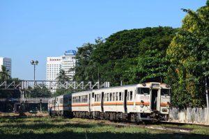 2016_11_25 ヤンゴン駅東部_87